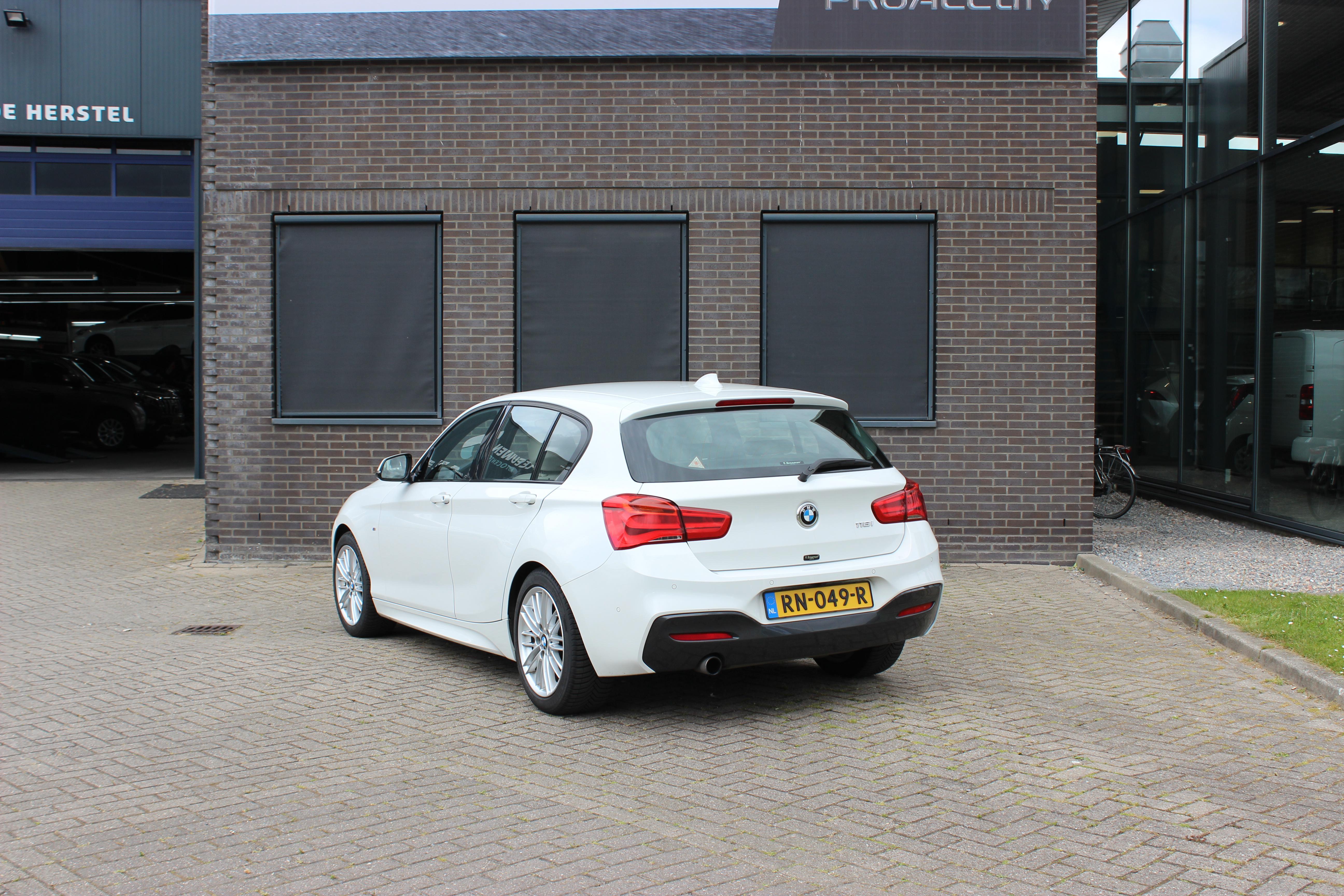BMW 1 serie automaat achterkant