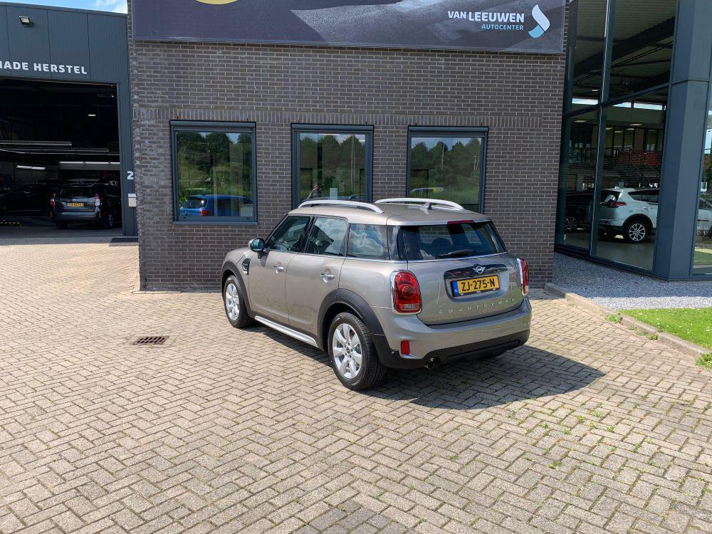 MINI Countryman Business Edition achterkant