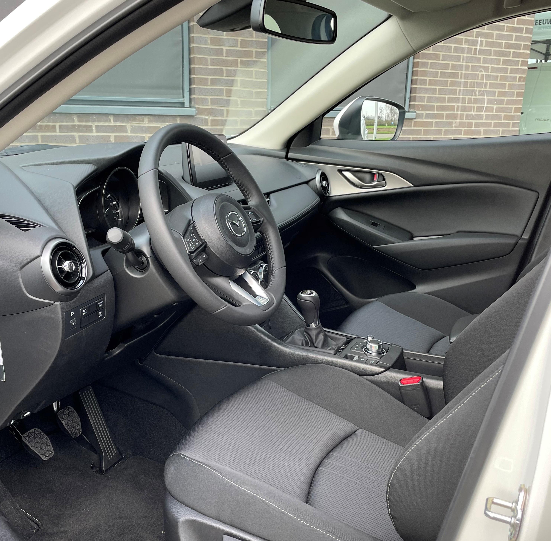 Mazda binnenzijde instap