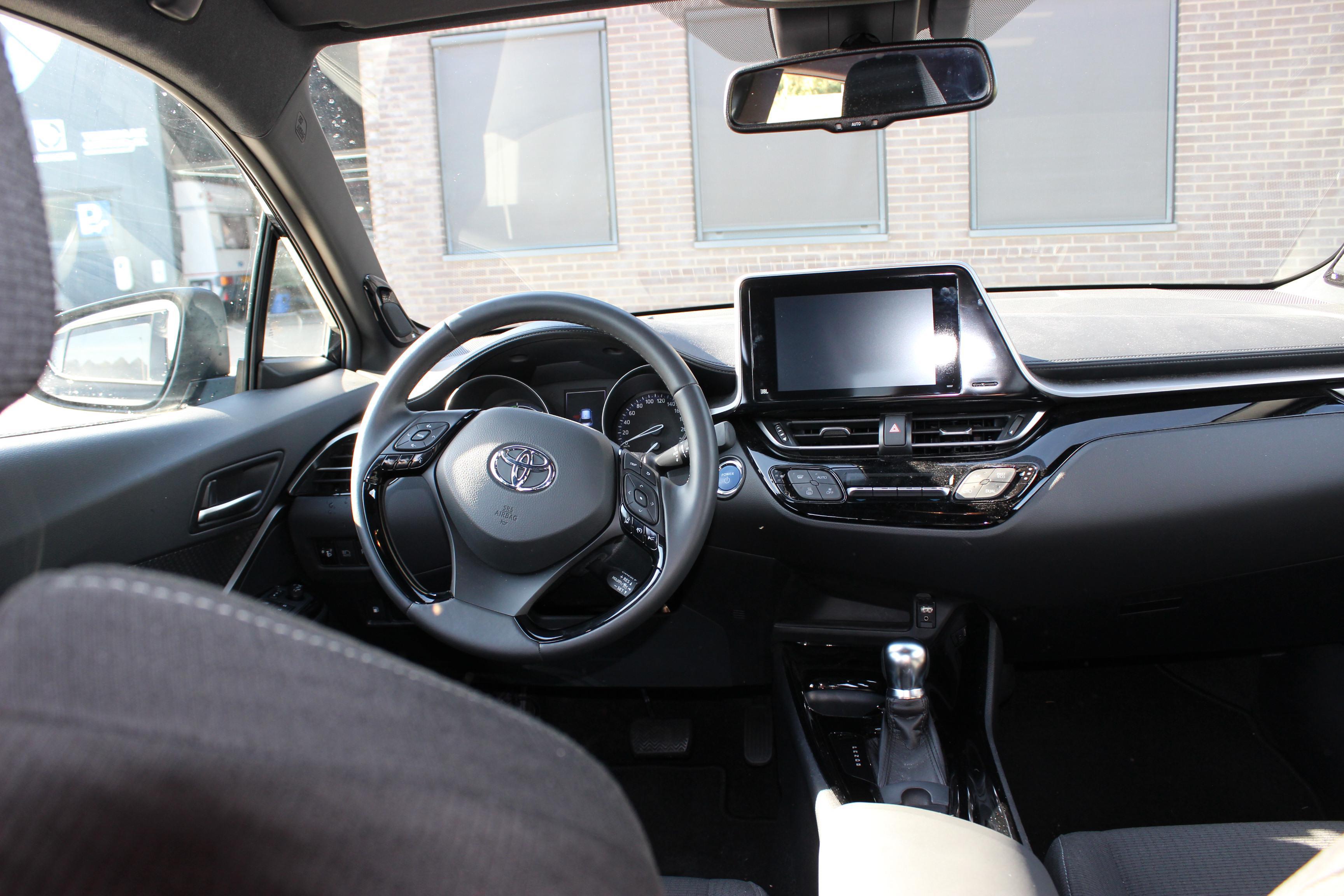 Toyota C-HR binnenkant