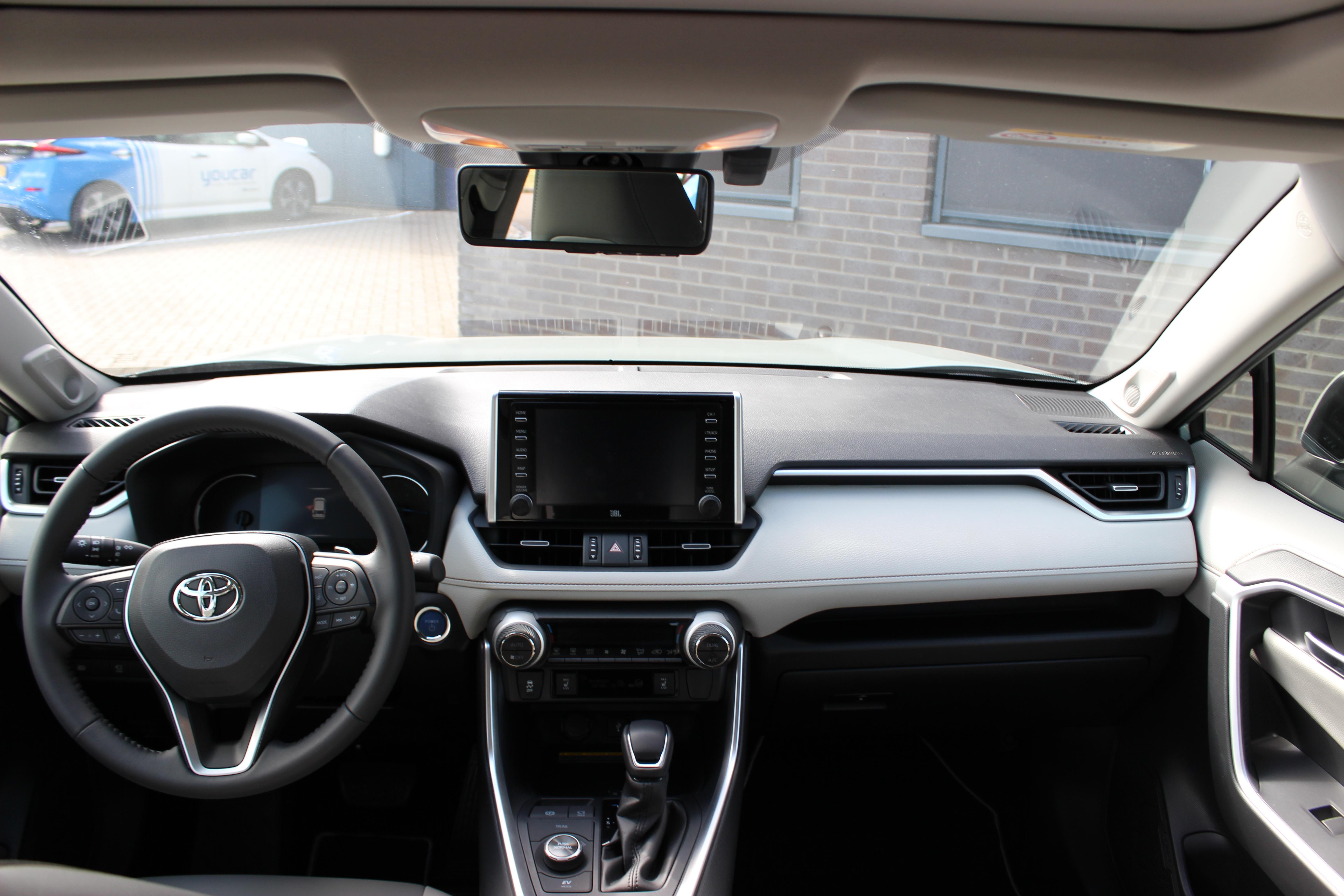 Toyota RAV4 binnenkant