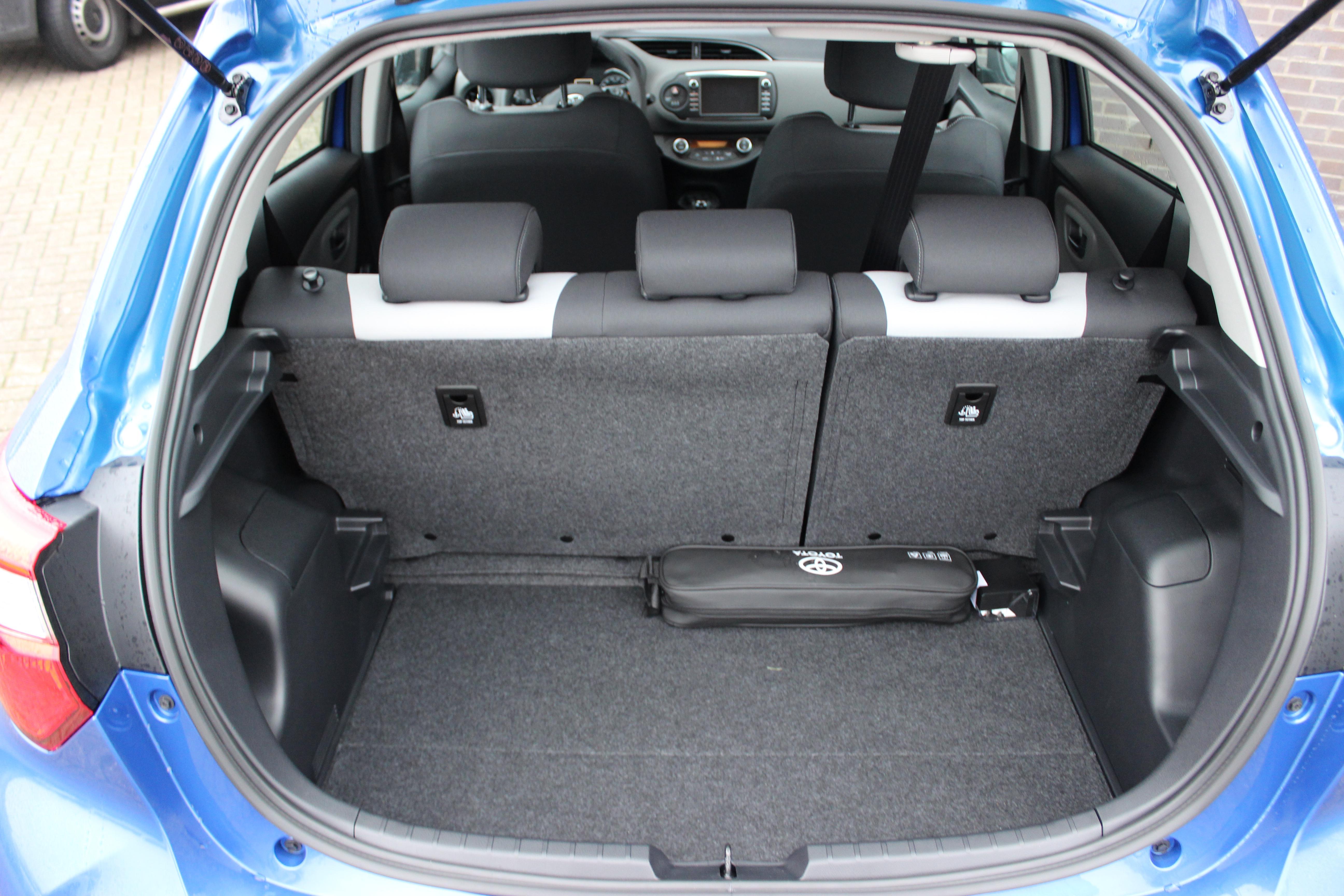 Toyota Yaris Hybrid kofferbak