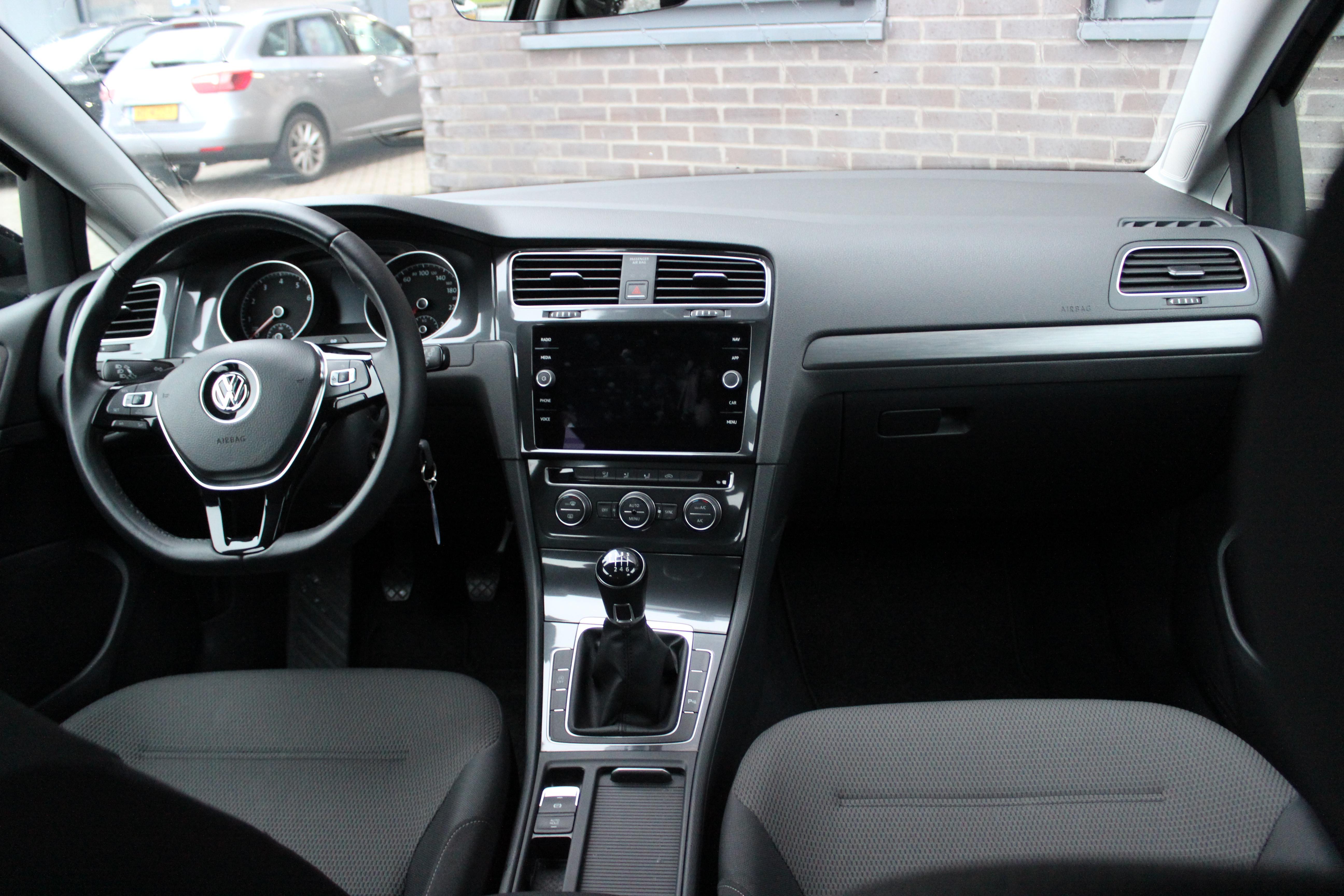 Volkswagen golf binnenkant