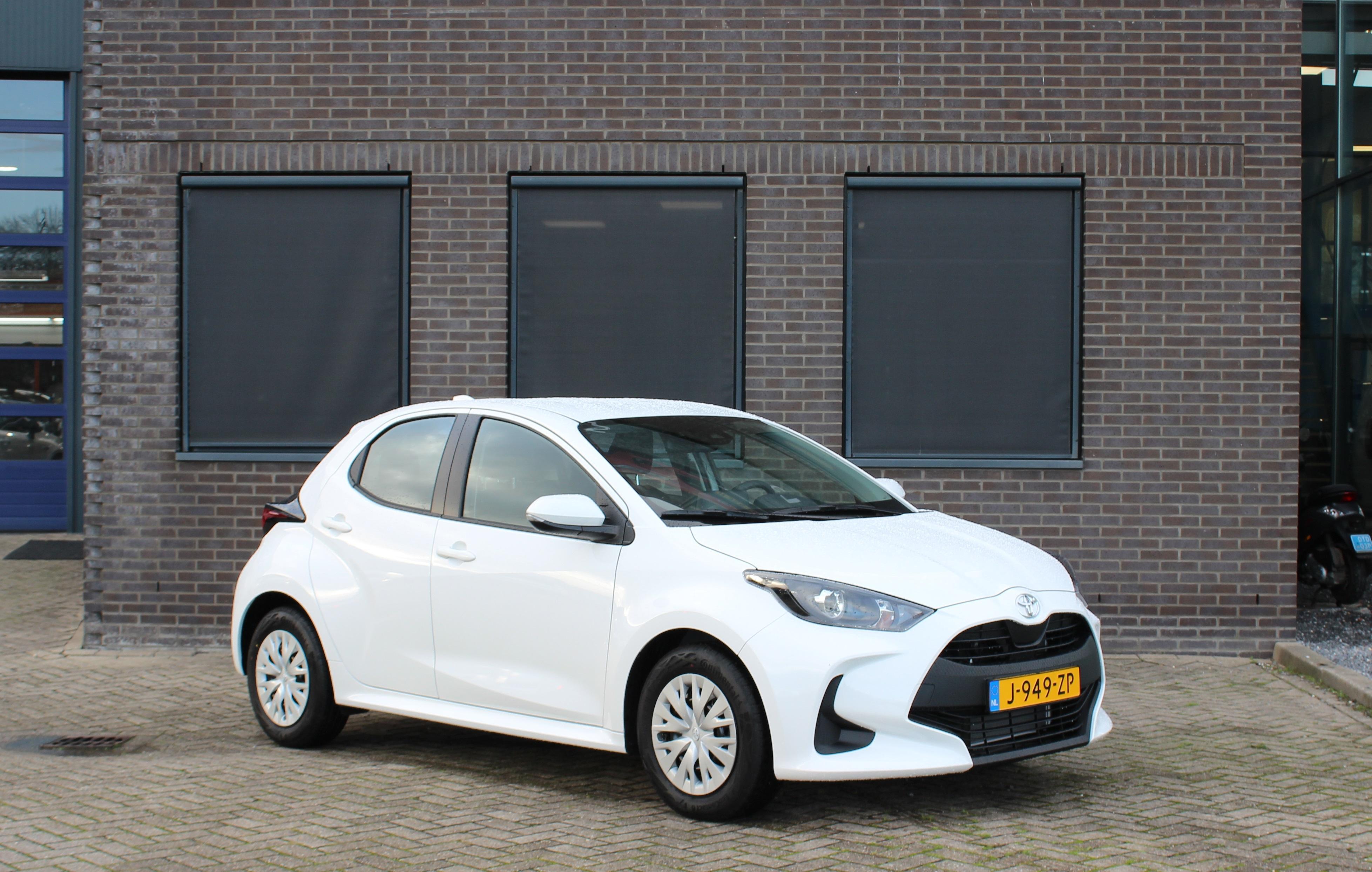 Toyota Yaris wit