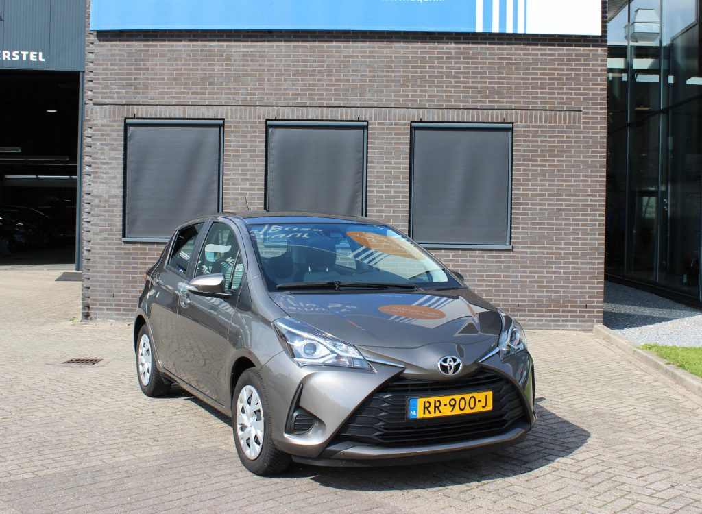 Toyota yaris shortlease